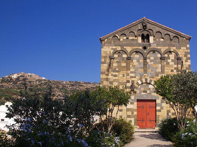 Région de Balagna - Aregno (en corse Aregnu) est une commune située dans le département de la Haute-Corse. - Église de la Trinité.