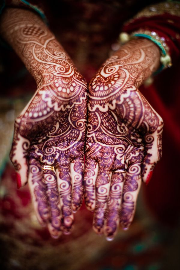 Amazing- cultural traditions are awesome. Samreen & Faisal: Vibrant & Traditional Pakistani Wedding