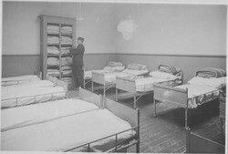 Slaapzaal brandweer Zuiderdiep Groningen 1929