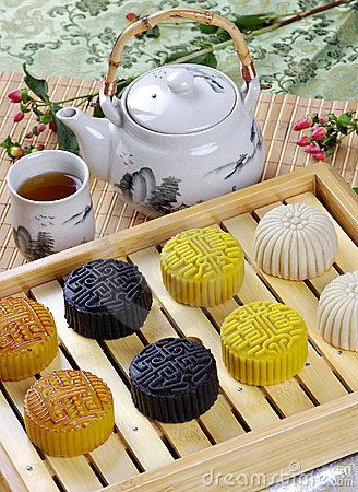 Chinese Tea and Moon Cakes