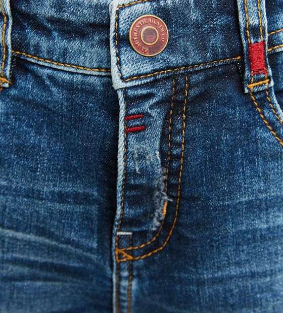 Imagen 5 de Jeans parche trasero de Zara