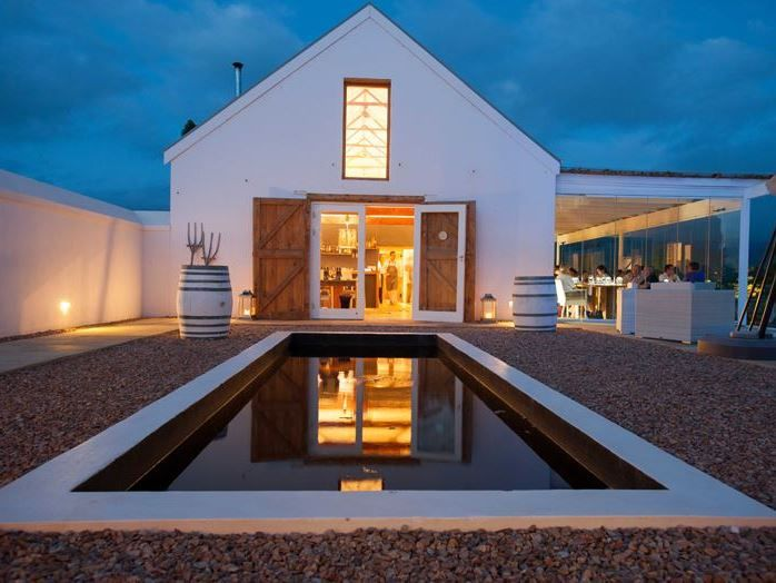 Mo & Rose at Soekershof - Discover Mo & Rose's country getaway for exploring the Robertson Wine Valley  situated on perhaps the world's longest wine route the R60/R62 just outside of Robertson in scenic Klaasvoogds West. Nestled ... #weekendgetaways #robertson #southafrica