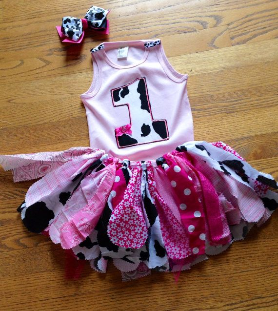 Pink Cowgirl Birthday outfit Cowgirl Outfit Cow tutu by LilNicks