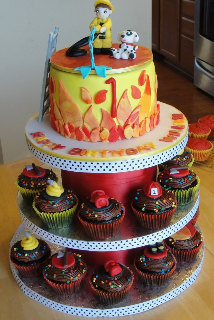 52 best images about firefighter cakes on Pinterest ...