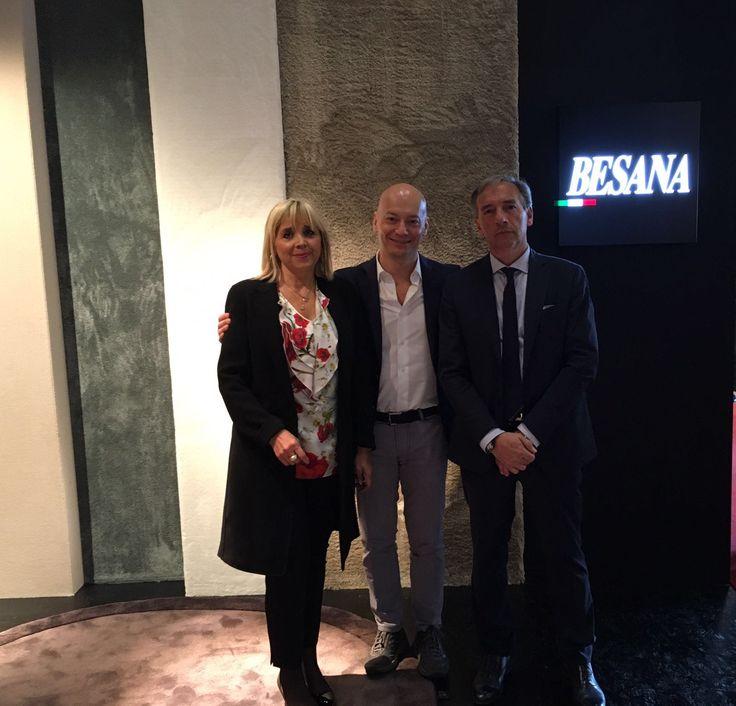 IN  Marco Poletti visita gli amici della cluster Besana Moquette  #teammarcopoletticluster #marcopoletticuster Salone del Mobile.Milano