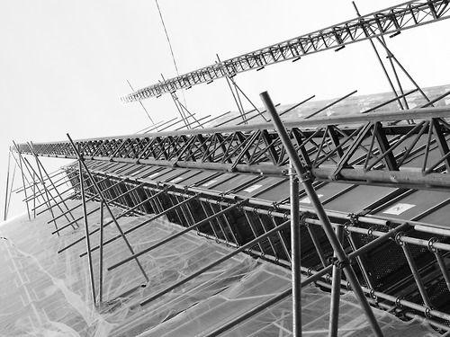 mitrd: Scaffolding in Suresnes, France.Pics, all credits go to mitrd (superyodaman) :http://mitrd.tumblr.com/