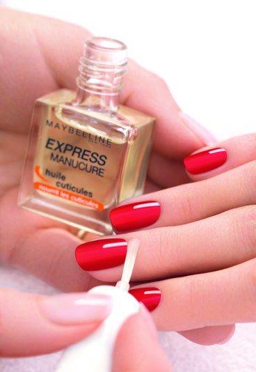 Gemey-Maybelline - Huile cuticules - appliquer huile cuticule - contour des ongles lisses - Manucure: comment appliquer du vernis à ongles - bien appliquer du vernis à ongles - mettre du vernis à ongles