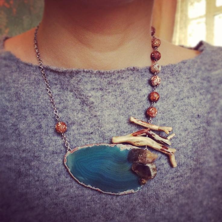Necklace L.Dolls... Wood, agate, quartz