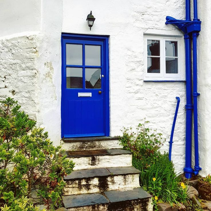 Fabulous Blue Cast Iron Rainwater Hopper Downpipes And Cast Iron Soil Pipes By Fulwood77 In Instagram Northdevon Devon Clovelly Bluedoor Drainpipe Cotta