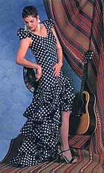 I may need to make myself a flamenco dress before I head back to Sevilla someday...