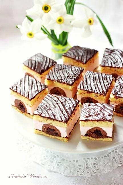 Ciasto z kuleczkami i masa piankowa1