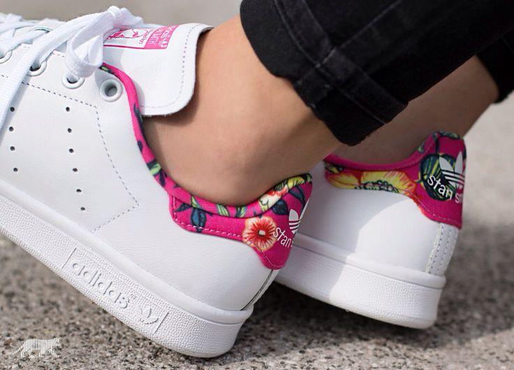 Adidas Originals Stan Smith http://asphaltgold.de/en/adidas-stan-smith-w-ftwr-white-ftwr-white-ray-pink.html