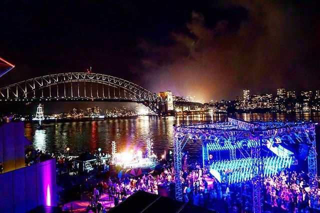 Treat Every night like the New Year. Set intentions, Kiss someone you love, Plan for the future! (Sydney harbor on NYE)    Check us out at www.OwenYourFuture.com •  •  •  •  •  •#awesome_photographers #bestofvsco  #big_shotz  #dream_image #gorgeous_shot #greatest_