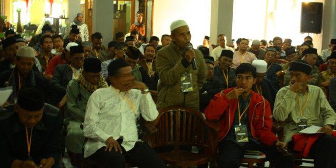 Ulama dan Tokoh Kabupaten Bandung Dukung Penegakan Khilafah | Hizbut Tahrir Indonesia