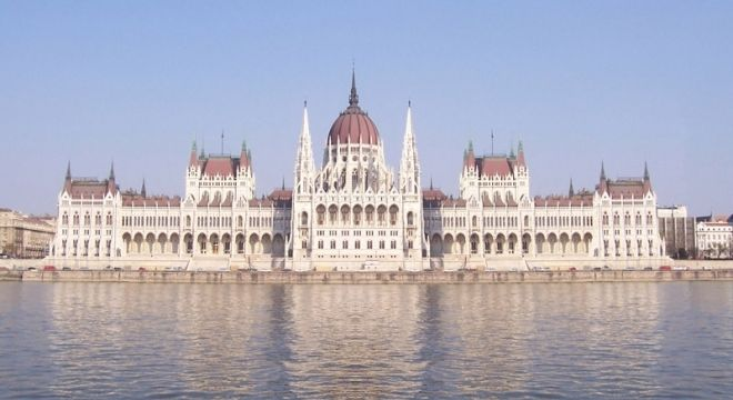 Budapest travel guide will help you to straight down the points of interest according to your attention and holiday programs. The travel apps are also offered to give up to date online details. Visit us http://sweettravel.hu