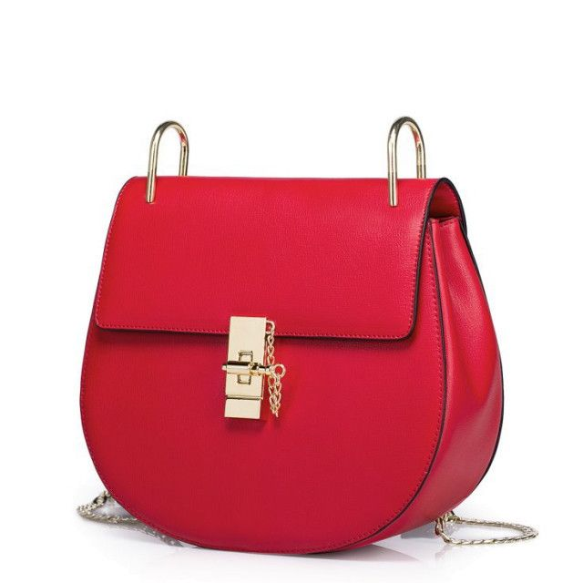 Gorgeous Red Bag Wiht Chain