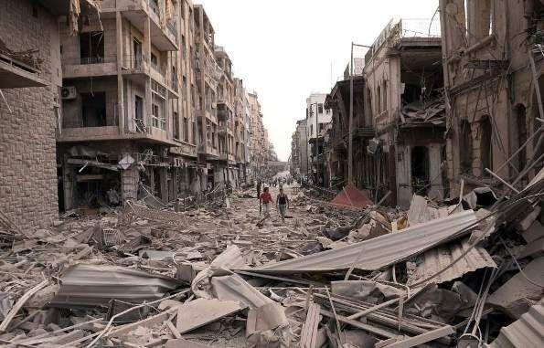 Calma en Alepo tras una noche de bombardeos y fuego de artillería