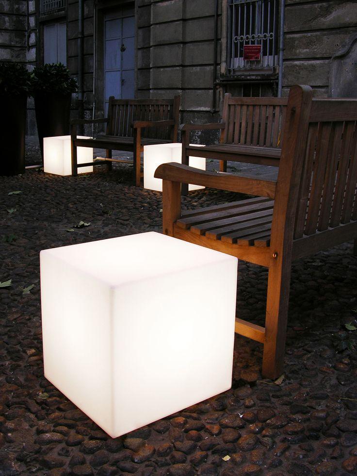 Cubo coffee table, design Slide Studio. #cubo #designfurniture #lighting