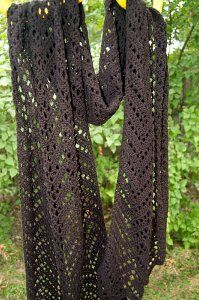 Chevron Lace Wrap.  Free pattern for lace-weight yarn or crochet thread.