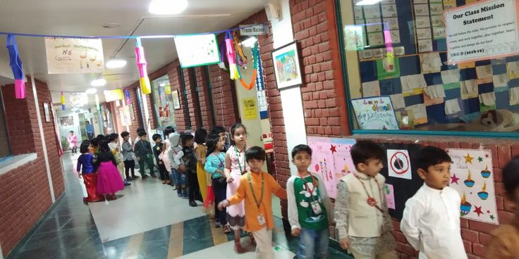 The the Festival of Lights – Diwali,  was celebrated at Khaitan Public School, by the Pre-Primary Wing. The whole wing wore a festive look with diyas and lanterns adorning the corridors in bright colours. #kps #school #education #edtech #diwali #diwalicelebrations