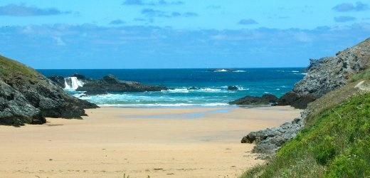 Südafrika statt Bretagne: Frankreich wirbt in England großflächig mit falschem Strand. Ob es die Briten auch bemerkt haben? Peinlich.