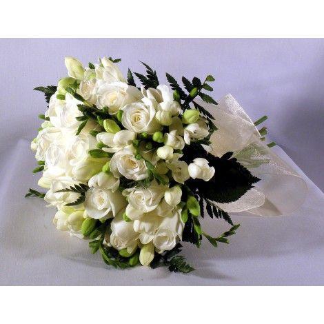 Rosas y Freisas blancas