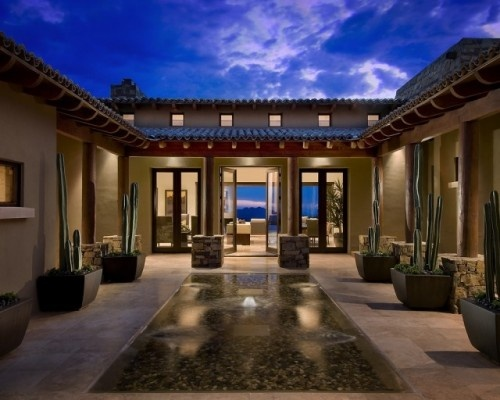 This courtyard is beautiful -- partially from the gorgeous reflecting pool and partially from the awesome sky!
