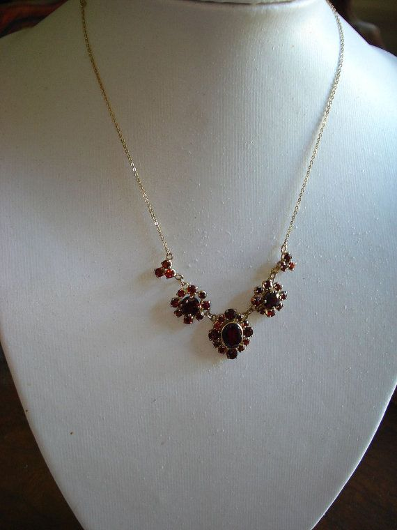 9kt Yellow Gold Bohemian Rhodolite Garnet necklace