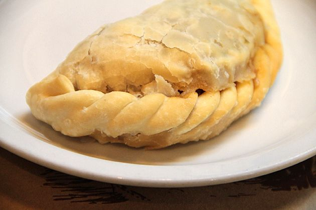 Empanadas at El Sanjuanino – A Rustic Recoleta Escape