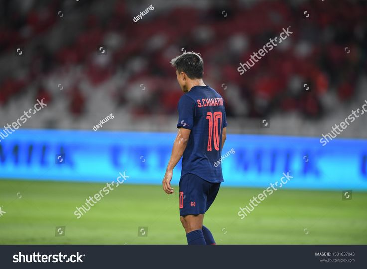 Jakarta Indonesia 10sep2019 Chanathip Songkrasin 10 Player Of Thailand In Action During Match World Cup Qualifiers World Cup Qualifiers Soccer Field World Cup