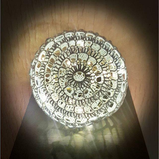 Hæklet Lyskugle  Opskrift findes på min blog: Www.Koustrupdesign.wordpress.com