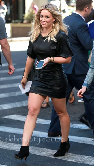 Hilary Duff gets Back To Work On Her Show 'Younger' In A Black Skin Tight Leather Dress