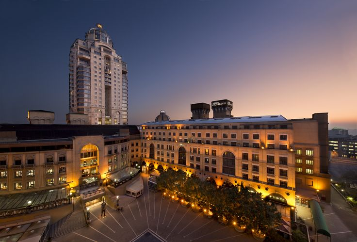 A View to Amaze... Overlooking Nelson Mandela Square, Michelangelo Towers, Sandton