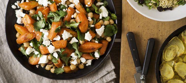Lämmin porkkana-kikhernesalaatti