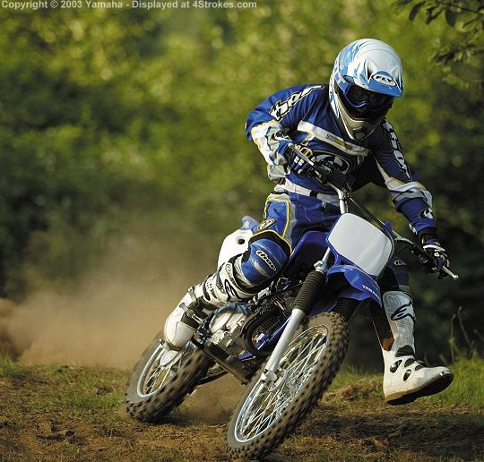 Cool Dirtbike But I Really Like This Guys Gear Dirt Bike Girl Dirtbikes Dirt Bike Gear