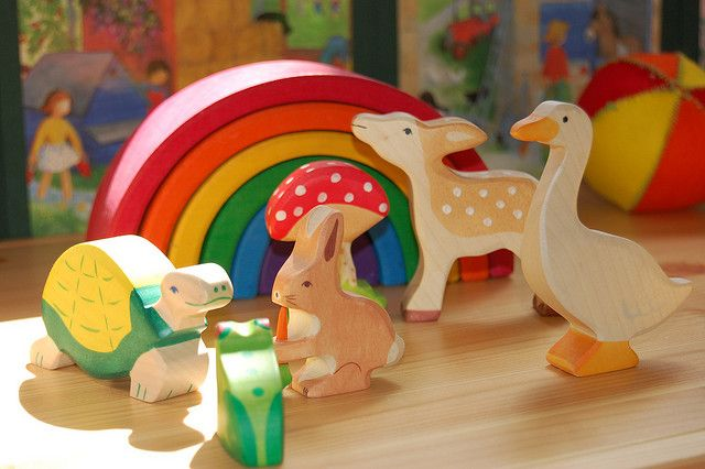 This will be useful for children for the ages 4-7.The rainbow will teach kids the colour of the rainbow and in the correct order. The animals can teach children how to put pieces together.