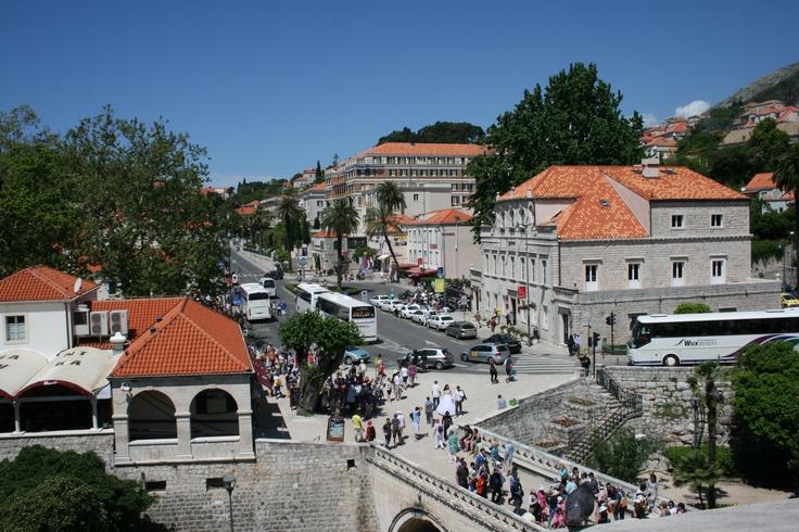 Pilen aukio. Pile Square #Dubrovnik