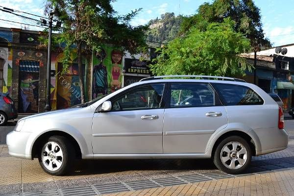 Chevrolet Optra XL 1.6 (2011) Station Wagon, 18000km