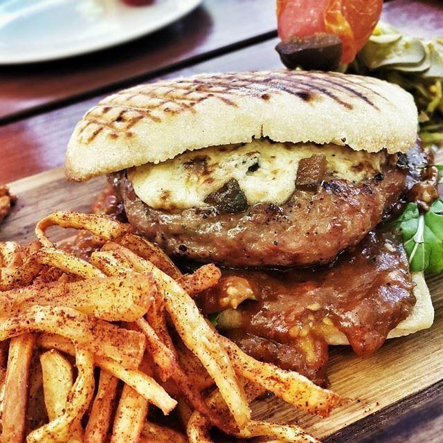 Serious Burger.Dankie Jan Braai