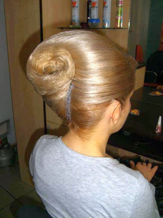 hair style side bun 34 best mixture of images on hair dos 7720