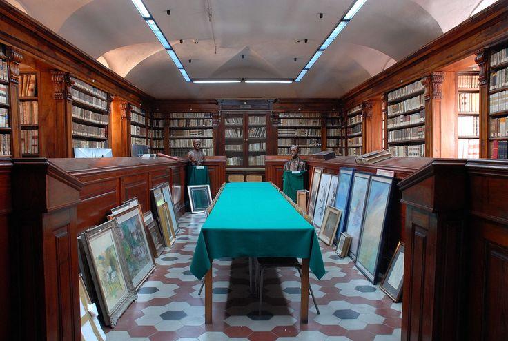 Bronte nel CT - Biblioteca #sicily #italy #etna #museietnei more on www.museietnei.it