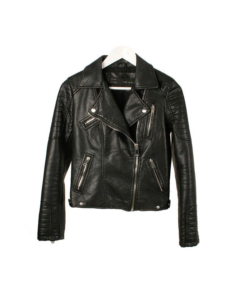 Cazadora efecto cuero negro motera Zara 45€