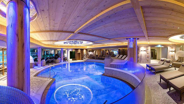 Schwimmbad im Wellnesshotel Engel