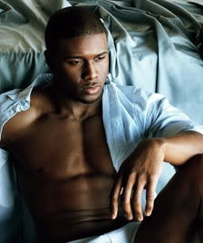 Reggie Bush. Yummm. Another dark chocolate i wouldn't mind a taste of :O (:
