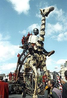 Royal de Luxe - Chasseurs des Giraffes.
