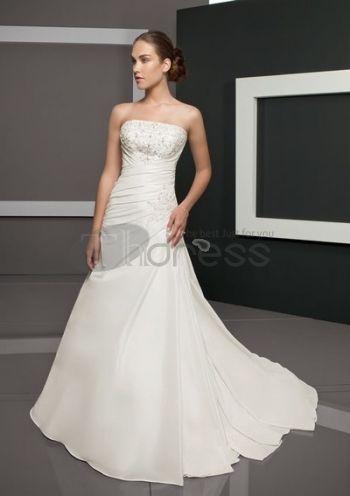 Abiti da Sposa Senza Spalline-Una linea di abiti da sposa senza spalline semplici bei