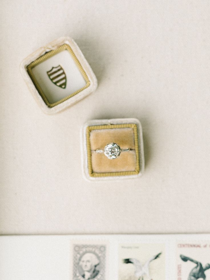 solitaire diamond engagement ring | Photography: Tenth + Grace