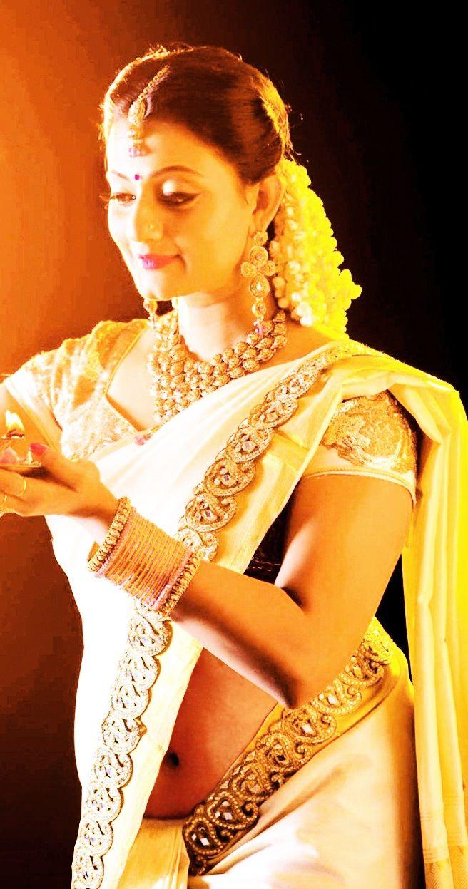 Actress In Kerala Bridal Low Hip Navel Saree  Saree, Indian Girls -8343