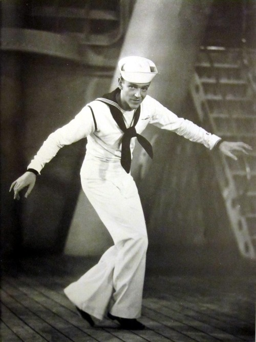 17 best images about classic movie sailors on pinterest dorothy lamour abbott and costello. Black Bedroom Furniture Sets. Home Design Ideas