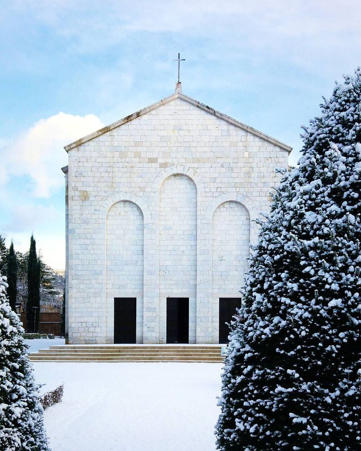 If you come to Gubbio don't miss this place. . TheMausoleo dei 40 Martiriis a modern memorial chapel built in memory of Italians massacred by retreating German troops in 1944 during the WW2. . On June 20 1944partisanskilled a German lieutenant and wounded a soldier at caffè in central Gubbio. The Germans had threatened strict reprisals on the populace for any attacks on their troops: 40 citizens for every officer and 20 for every soldier. While the Germans were preparing a withdrawal to the…